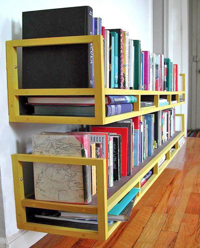 banco vira prateleira para livros
