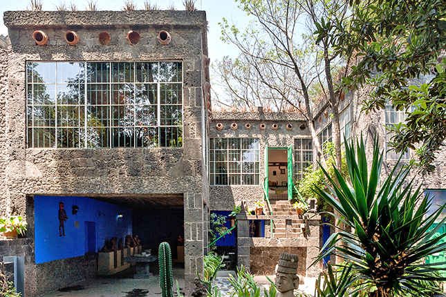 Detalhe da entrada para o quarto de Frida