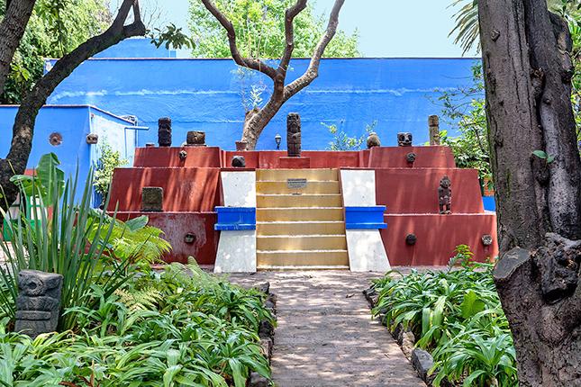 decoradornet-tour-pela-casa-da-frida-kahlo-11