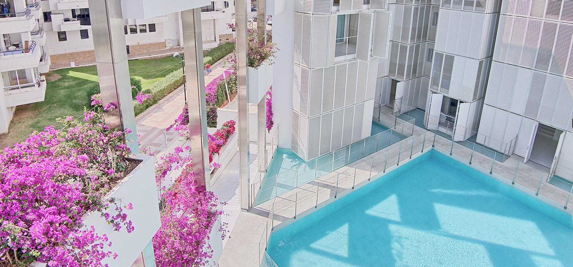 decoradornet-copyright-ibiza-patio-blanco (1)