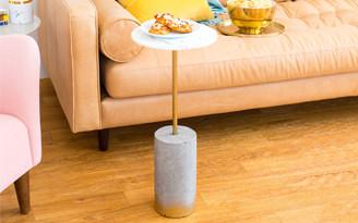 decoradornet-copyright-diy-mesa-lateral-dourada-e-marmore-capa